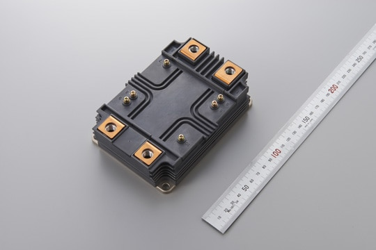 Prototype of 6.5 kV full-SiC power semiconductor module