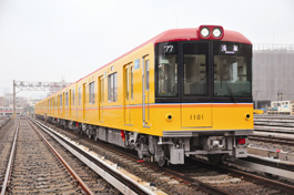 Tokyo Metro Ginza Line's new Type 1000 railcars