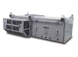 Railcar traction inverter with all-SiC power modules