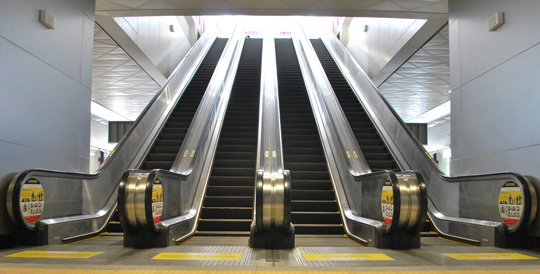 Escalators delivered to MRT Purple Line